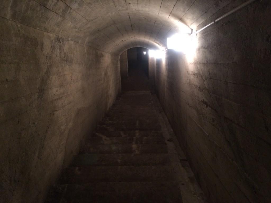 串良地下壕電信司令室跡